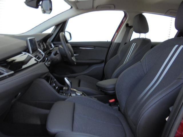 218iアクティブツアラースポーツコンフォートPサポ認定車(16枚目)