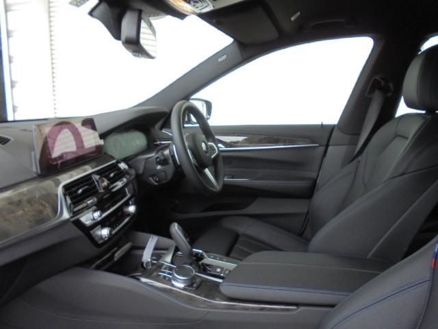 630i グランツーリスモ Mスポーツ19AW黒革認定中古車(14枚目)