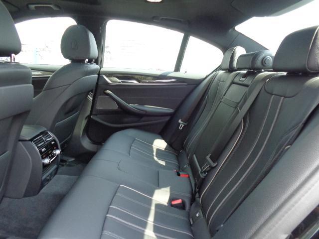 530e MスポーツセレクトP黒革SRハーマンカードン認定車(16枚目)