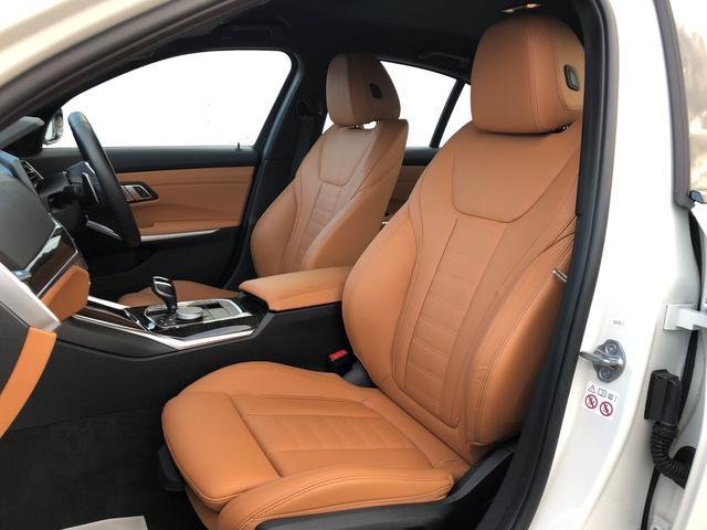 「BMW」「3シリーズ」「セダン」「愛知県」の中古車13