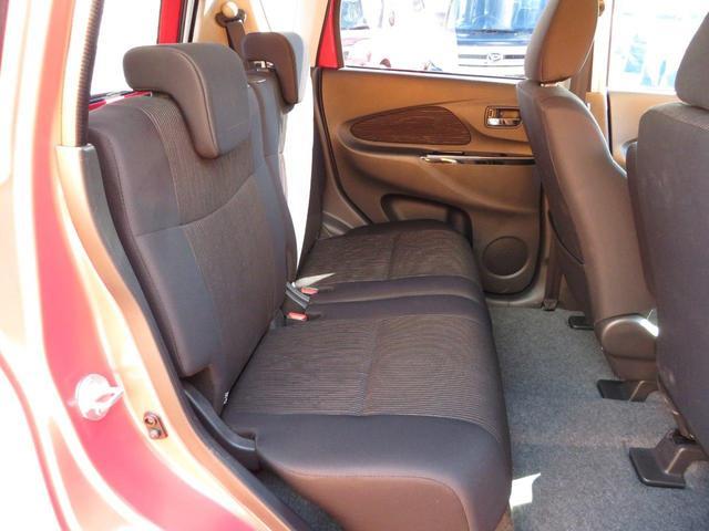 ハイウェイスター X ナビ/Bluetooth/フルセグ/Bカメラ/ETC/アラウンドビューモニター/DVD/衝突軽減ブレーキ/CD/横滑防止装置/HID/オートライト/ベンチシート/運転席・助手席エアバック/ABS(15枚目)