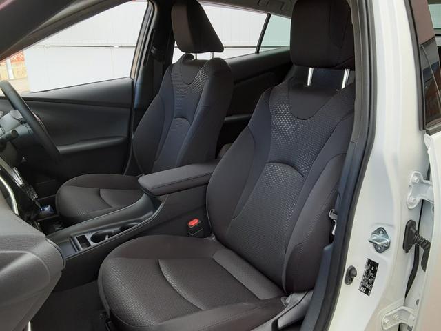 S メモリーナビ バックカメラ ETC トヨタセーフティセンス レーダークルーズコントロール LEDヘッドライト 純正アルミホイール Bluetooth オートリトラミラー スマートキー(17枚目)