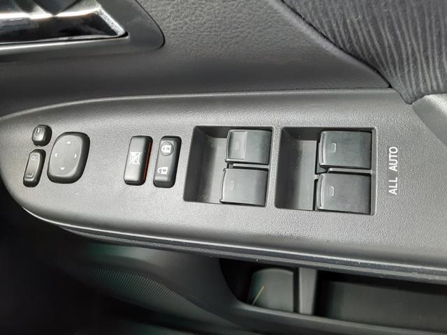 2.4Z プラチナムセレクション 1年保証付 純正HDDナビ フルセグ バックカメラ ビルトインETC 両側パワースライドドア 電動リアゲート コーナーセンサー ウッドコンビハンドル キャプテンシート オットマン HIDヘッドライト(40枚目)
