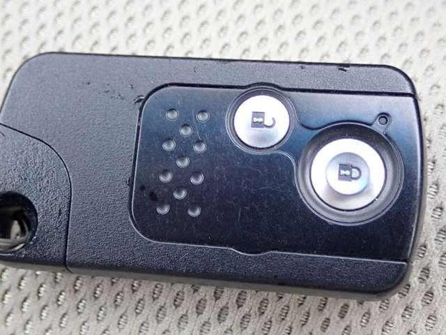 ホンダ フィットハイブリッド スマートセレクション 純正HDDナビ HID ETC付き