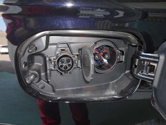 三菱 アウトランダーPHEV 2.0 G ナビパッケージ 4WD