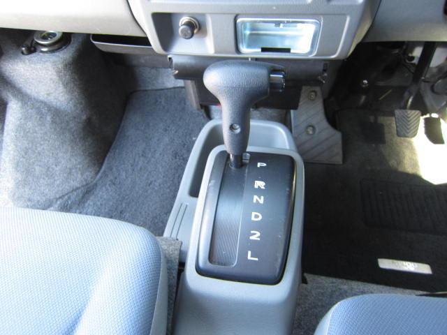 日産 NV100クリッパーバン GXハイルーフ CD キーレス ワンオーナー