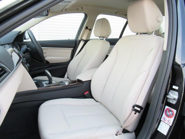BMW BMW 330e PHEVラグジュアリーベージュ革デモカー認定中古車