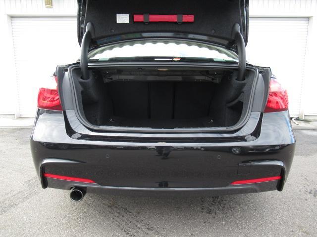 BMWプレミアムセレクション岐阜では弊社お客様より頂いた下取、買取車やデモカーが在庫の殆どを占めています。車の経歴がわかり安心してお選びいただける車ばかりです!!