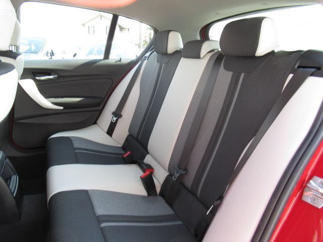 118d スタイルACCパーキングサポートデモカー認定中古車(17枚目)