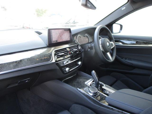 523d xDrive Mスピリット LEDヘッド18AW(12枚目)