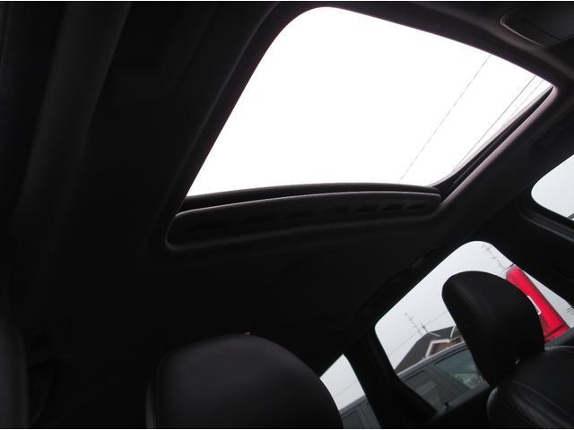 ボルボ ボルボ V50 2.4i 黒革メモリーパワーシート ETC サンルーフ