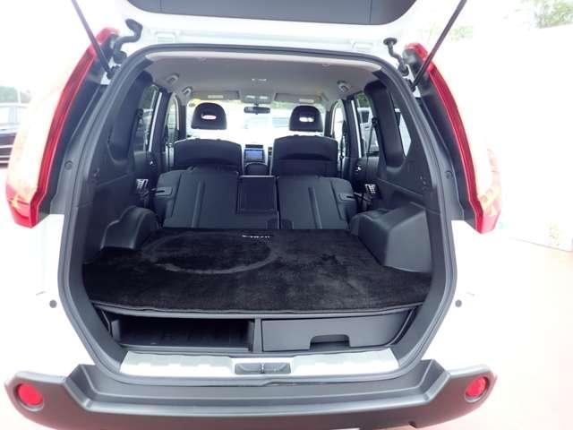 日産 エクストレイル 2.0 20Xt 4WD 社外HDDナビ 純正AW HID