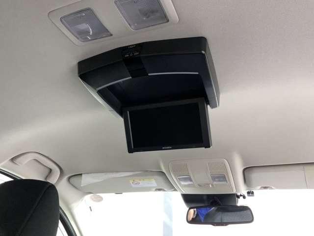 2.2 XD ディーゼルターボ 禁煙車 ワンオーナー 衝突軽減ブレーキ付 MDV-S706 リアカメラ フルセグTV ETC リア席モニター(6枚目)