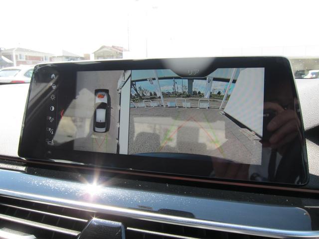 純正HDDナビゲーション機能装備車でございます。