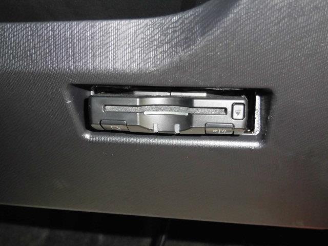 Sスタイルブラック メモリーナビ バックカメラ 衝突被害軽減システム スマートキー LEDヘッドランプ ミュージックプレイヤー接続可 ETC ドラレコ 記録簿(9枚目)