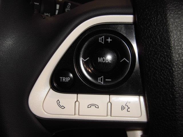 S フルセグ メモリーナビ DVD再生 ミュージックプレイヤー接続可 バックカメラ 衝突被害軽減システム ETC LEDヘッドランプ フルエアロ アイドリングストップ(14枚目)
