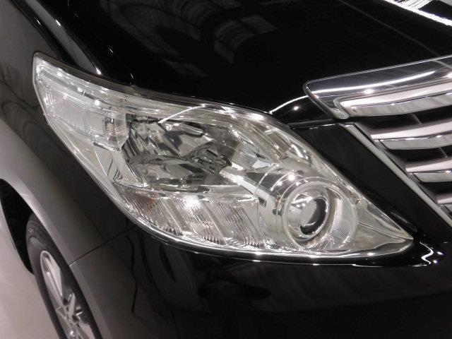 X 4WD フルセグ メモリーナビ DVD再生 ミュージックプレイヤー接続可 後席モニター バックカメラ ETC ドラレコ 両側電動スライド HIDヘッドライト 乗車定員7人 3列シート(6枚目)