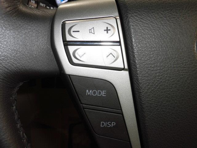 X 4WD フルセグ メモリーナビ DVD再生 ミュージックプレイヤー接続可 後席モニター バックカメラ ETC ドラレコ 両側電動スライド HIDヘッドライト 乗車定員7人 3列シート(14枚目)