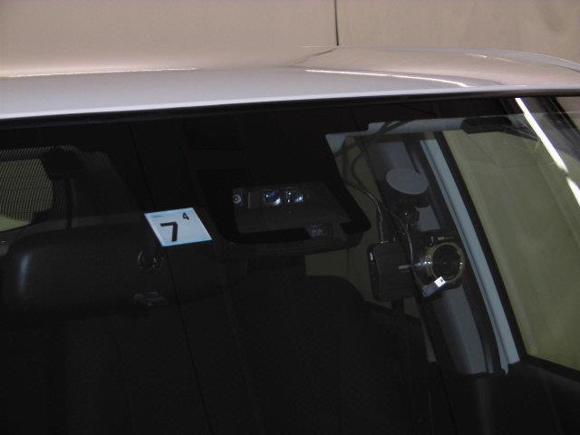 GL フルセグ メモリーナビ DVD再生 ミュージックプレイヤー接続可 バックカメラ 衝突被害軽減システム ETC ドラレコ 記録簿 アイドリングストップ(16枚目)