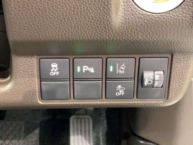 Lホンダセンシング 新車保証 禁煙試乗車 ホンダセンシング 純正ナビCN-RE07D フルセグ Bluetooth DVD再生 Rカメラ ET LEDヘッド サイドエアバック シートヒーター(17枚目)