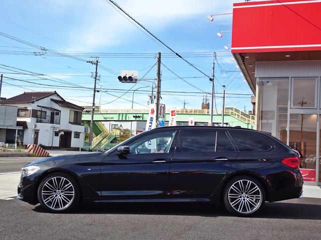 530iツーリング Mスポーツ ブラックレザーシート/ヘッドアップディスプレイ/ジェスチャーコントロール/アクティブクルーズコントロール/パワーバックドア/コンフォートアクセス/禁煙車(9枚目)
