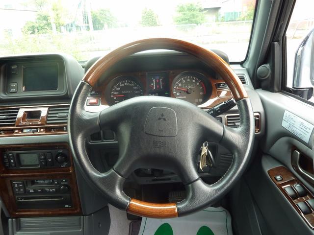 三菱 パジェロ ワイド スーパーエクシード 4WD 革シート サンルーフ