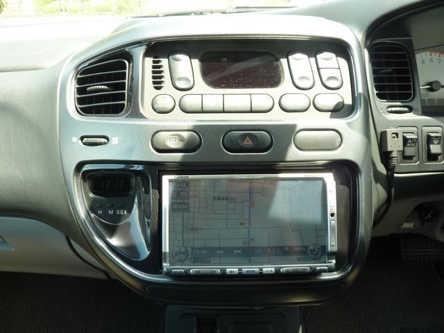 アクティブフィールドエディション 4WD HDDナビ フルセグTV キーレス ETC 最終モデル 7人乗 ルーフスポイラー 禁煙車 オートステップ 純正アルミ ビルトイン大型フォグ(14枚目)