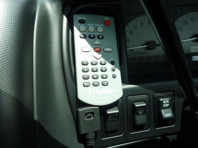 アクティブフィールドエディション 4WD HDDナビ フルセグTV キーレス ETC 最終モデル 7人乗 ルーフスポイラー 禁煙車 オートステップ 純正アルミ ビルトイン大型フォグ(15枚目)