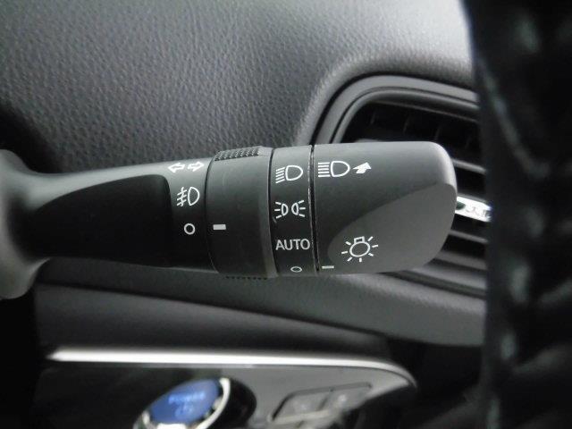 Sセーフティプラス ワンセグ メモリーナビ ミュージックプレイヤー接続可 バックカメラ 衝突被害軽減システム ETC LEDヘッドランプ アイドリングストップ(17枚目)