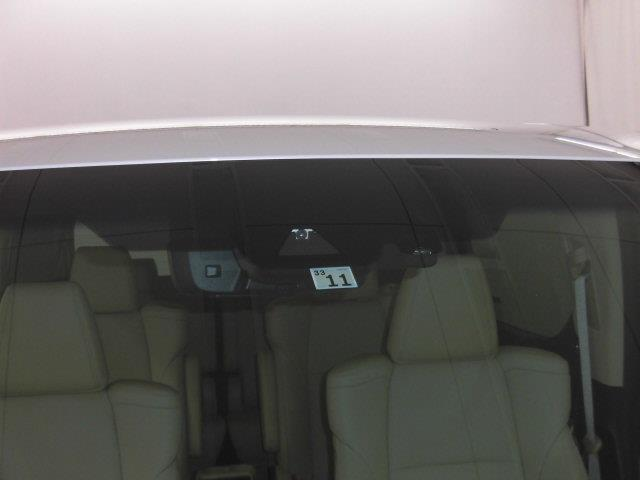 2.5G フルセグ メモリーナビ DVD再生 ミュージックプレイヤー接続可 後席モニター バックカメラ 衝突被害軽減システム ETC 両側電動スライド LEDヘッドランプ 乗車定員7人 3列シート(14枚目)
