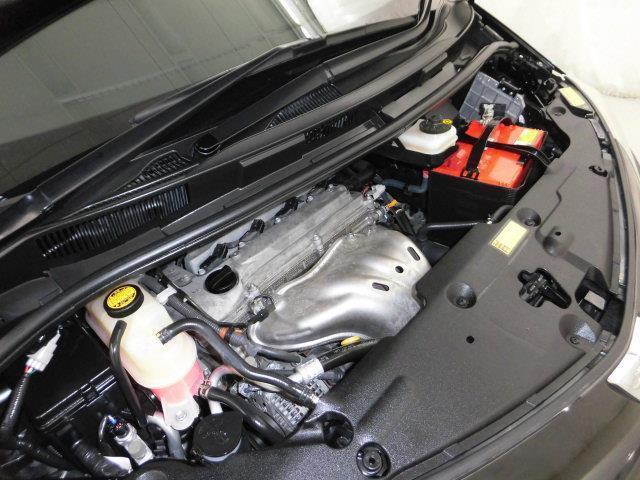 専用のスタッフによりエンジンルームの隅々までクリーニングがしてあります。納車までしっかりと整備をさせていただきます!
