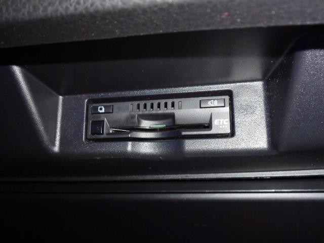 エレガンス 4WD ドラレコ バックカメラ SDナビ フルセグ ETC LEDヘッドライト 18インチAW(9枚目)