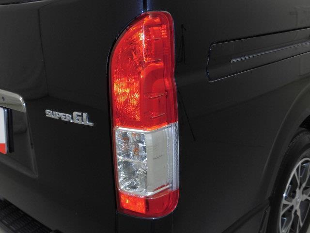 スーパーGL ダークプライム 4WD フルセグ メモリーナビ DVD再生 ミュージックプレイヤー接続可 バックカメラ ETC ドラレコ LEDヘッドランプ ディーゼル(8枚目)