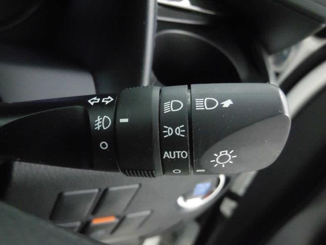 S A タイプBL フルセグ メモリーナビ DVD再生 ミュージックプレイヤー接続可 後席モニター バックカメラ 衝突被害軽減システム ETC ドラレコ 両側電動スライド LEDヘッドランプ 乗車定員7人 3列シート(14枚目)