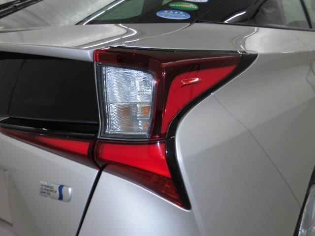 S フルセグ メモリーナビ バックカメラ 衝突被害軽減システム ETC ドラレコ LEDヘッドランプ 記録簿 アイドリングストップ(8枚目)