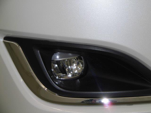 GI 衝突被害軽減システム 両側電動スライド LEDヘッドランプ 乗車定員7人 3列シート アイドリングストップ(7枚目)