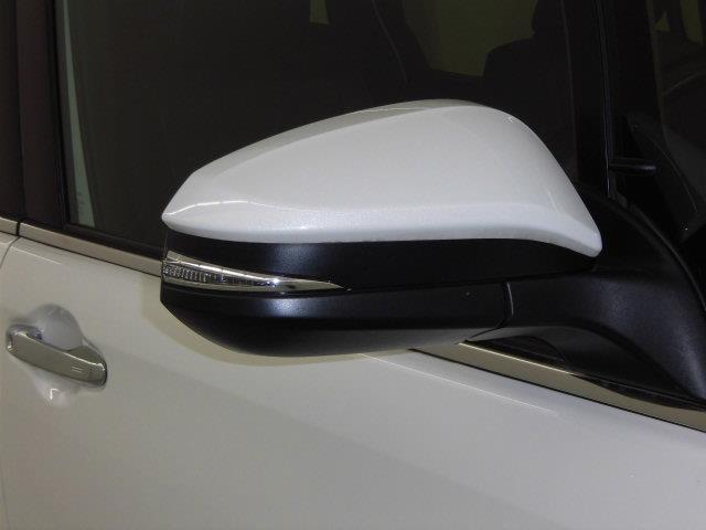 GI 衝突被害軽減システム 両側電動スライド LEDヘッドランプ 乗車定員7人 3列シート アイドリングストップ(8枚目)
