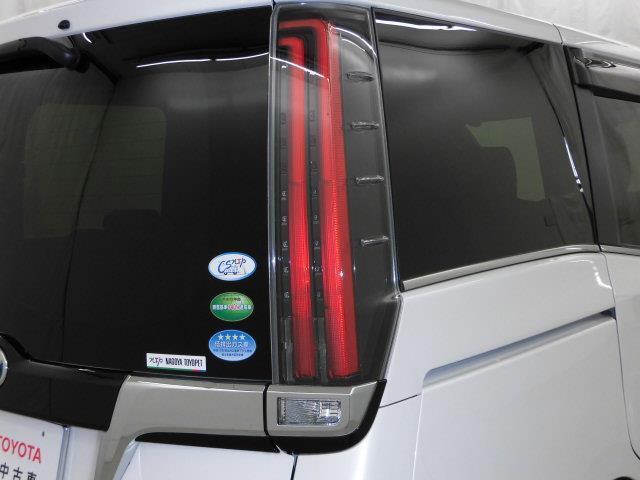 GI 衝突被害軽減システム 両側電動スライド LEDヘッドランプ 乗車定員7人 3列シート アイドリングストップ(9枚目)