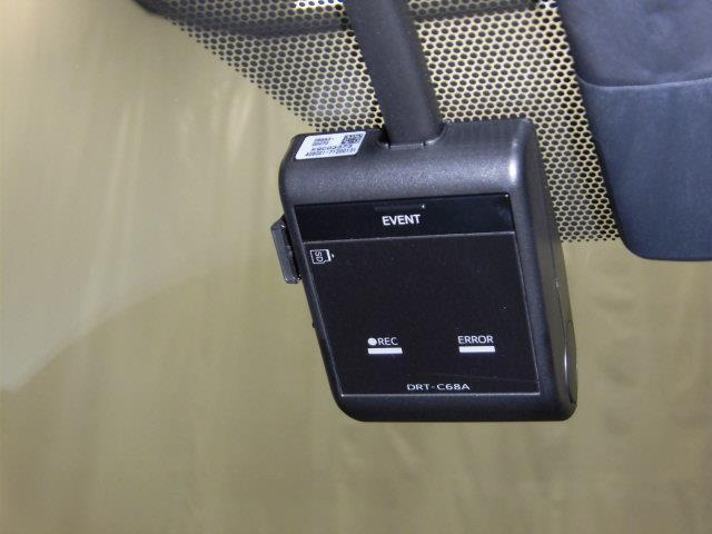 Sツーリングセレクション フルセグ メモリーナビ DVD再生 ミュージックプレイヤー接続可 バックカメラ 衝突被害軽減システム ETC ドラレコ LEDヘッドランプ アイドリングストップ(14枚目)