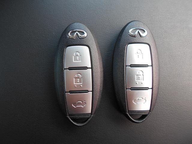 インテリジェントキー 施錠/解錠&エンジンスタートを簡単に出来ます。