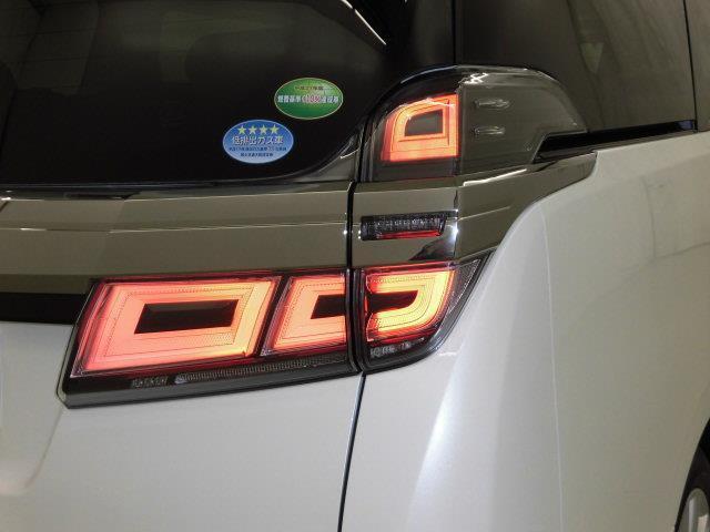 2.5Z サンルーフ フルセグ メモリーナビ DVD再生 ミュージックプレイヤー接続可 後席モニター バックカメラ 衝突被害軽減システム ETC 両側電動スライド LEDヘッドランプ 乗車定員7人 3列シート(8枚目)