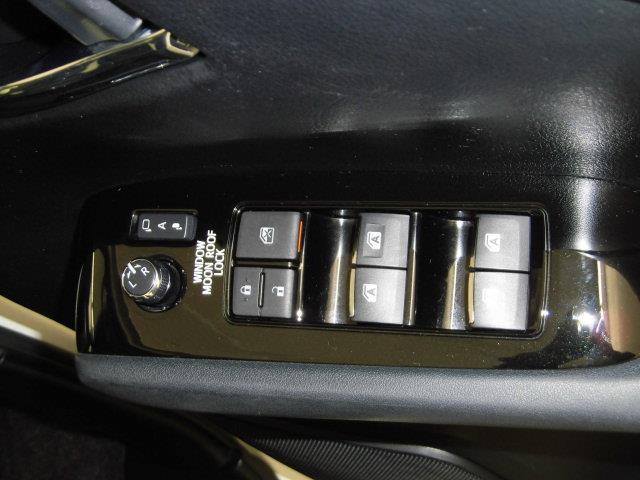 2.5Z サンルーフ フルセグ メモリーナビ DVD再生 ミュージックプレイヤー接続可 後席モニター バックカメラ 衝突被害軽減システム ETC 両側電動スライド LEDヘッドランプ 乗車定員7人 3列シート(25枚目)