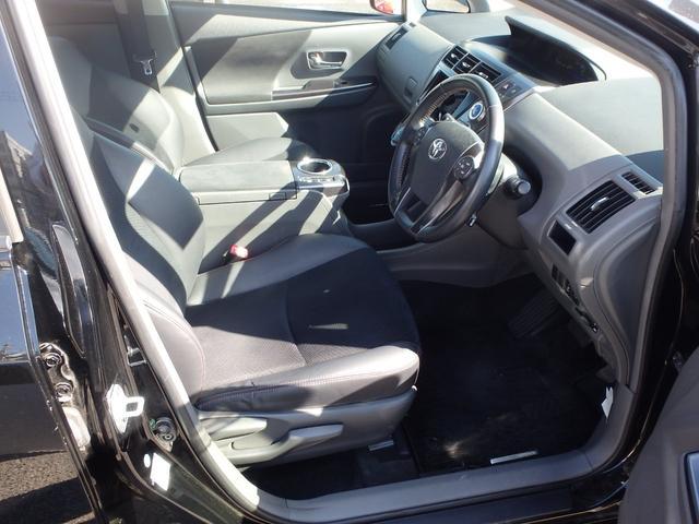 トヨタ プリウスアルファ G チューン ブラック 1年間走行無制限ロングラン保証付