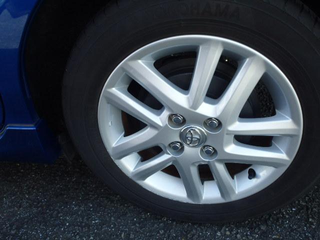 純正15インチAW。タイヤサイズ、185/60R15。
