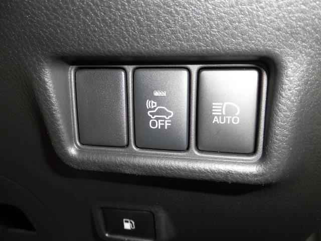 1.8Gハイブリッド車LEDヘッドクルコン付オーディオレス(5枚目)