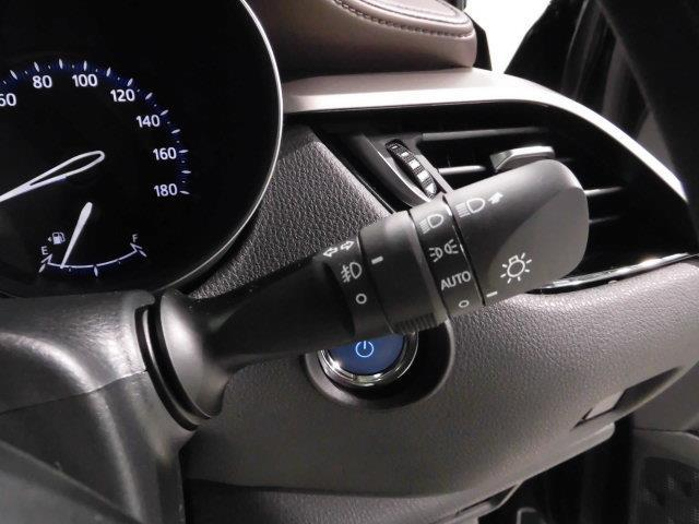 1.8Gハイブリッド車LEDヘッドクルコン付オーディオレス(12枚目)