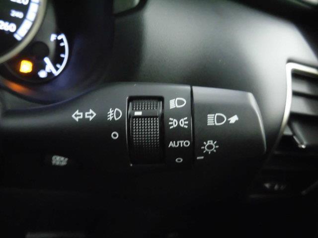 NX300 Fスポーツ 革シート サンルーフ フルセグ メモリーナビ DVD再生 ミュージックプレイヤー接続可 バックカメラ 衝突被害軽減システム ETC LEDヘッドランプ アイドリングストップ(17枚目)