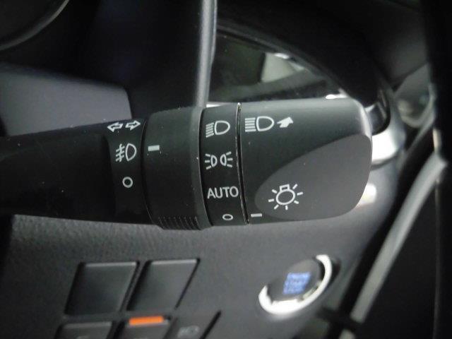 2.5S Cパッケージ サンルーフ フルセグ メモリーナビ DVD再生 ミュージックプレイヤー接続可 後席モニター バックカメラ 衝突被害軽減システム ETC 両側電動スライド LEDヘッドランプ 乗車定員7人 3列シート(16枚目)