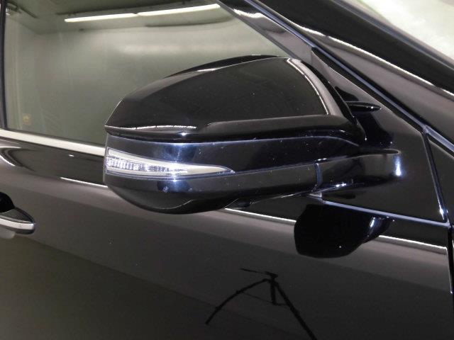 プログレス メタル アンド レザーパッケージ 革シート サンルーフ 4WD フルセグ メモリーナビ DVD再生 ミュージックプレイヤー接続可 バックカメラ 衝突被害軽減システム ETC LEDヘッドランプ アイドリングストップ(7枚目)