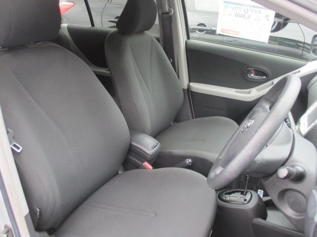 運転席、助手席です